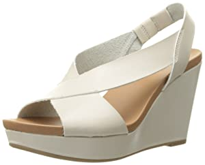 Dr. Scholl's Women's Meanit Wedge Sandal, Smoke, 8 M US