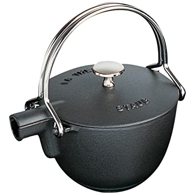 Staub 1650023 Cast Iron Round Tea Kettle, 1-quart, Black Matte