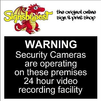 Señal de advertencia de cámaras de seguridad que funcionan en estos locales para grabación de vídeo