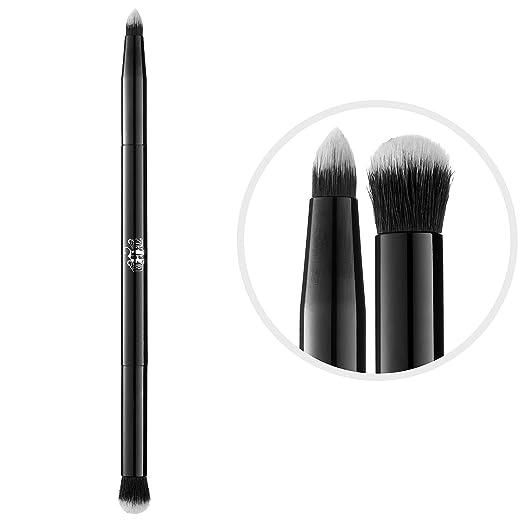 Shade + Light Eye Contour Brush