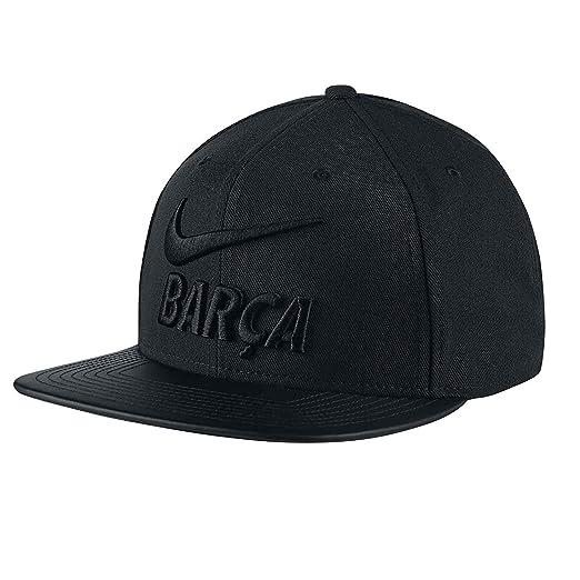 b357ad9521e Amazon.com   NIKE 2018 FC Barcelona Pro Pride Snapback (Black) (OSFM ...