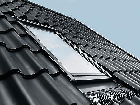 Velux Group Velux Skylight GGU SD0J2 Plastic Pivoting Window