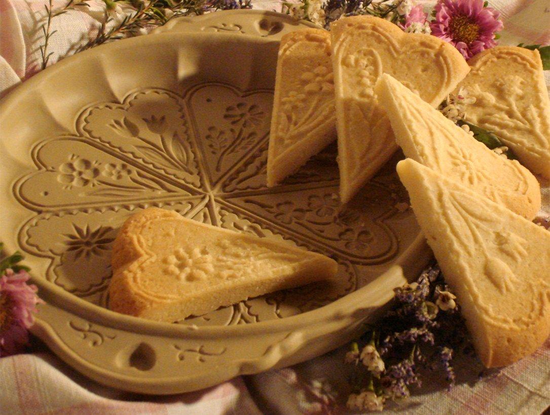 Molde de pan/molde de pana corta, diseño celta, color marrón: Amazon ...