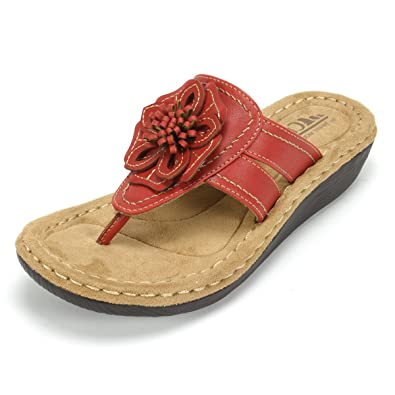 1051ba67d4a7 Image Unavailable. Image not available for. Color  Cliffs  Carnation  Women s  Sandal ...