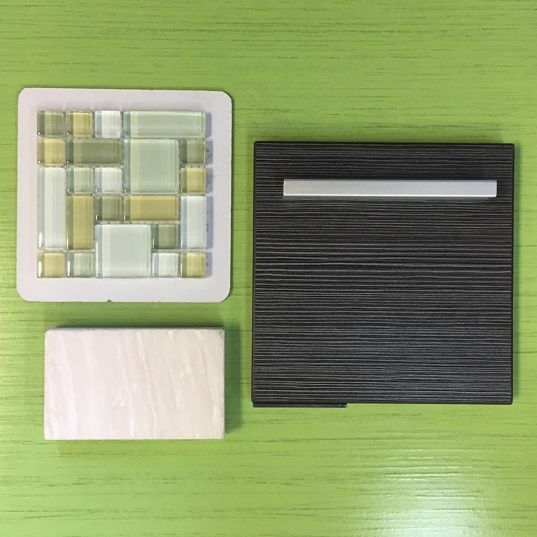 LADA Fresh Avocado (GP02) Soft Green Glass Backsplash Tiles for Kitchen Bathroom Wall Mosaic Design (1 Box / 11 Sheets) by LADA Mosaic Tiles (Image #1)