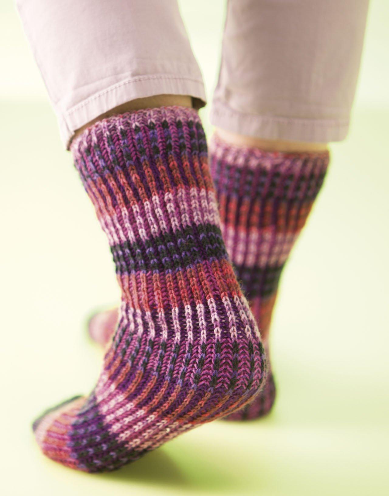 Amazon.com: Knitting Brioche-Stitch Socks: 14 Easy Patterns for Tube ...