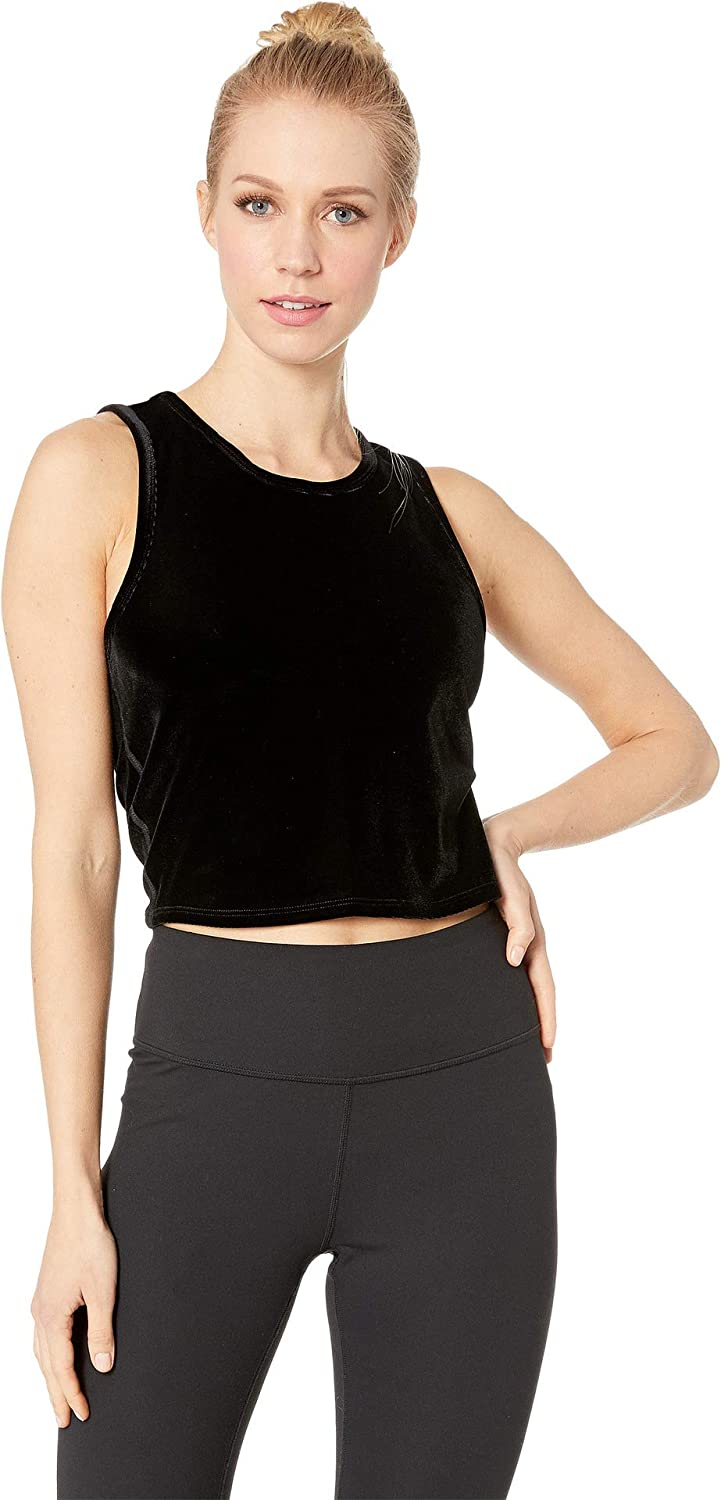 67809411ee4344 Beyond Yoga Womens Top Notch Cropped Tank Top at Amazon Women s Clothing  store