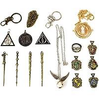 U&X El Paquete Contiene: la Caja Incluye 4 varitas mágicas, 5 Insignias Escolares, 5 Collares, 1 Anillo. 11 Harry Mini…