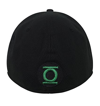 Green Lantern John Stewart Symbol 39Thirty Fitted Hat- Medium Large at  Amazon Men s Clothing store  65f6e84a928
