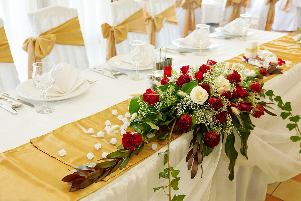 Ecore Gold Table Runner 10 Pack Satin Table Runners,12 x 108 Inches For Wedding Banquet Decoration by ECORE (Image #5)