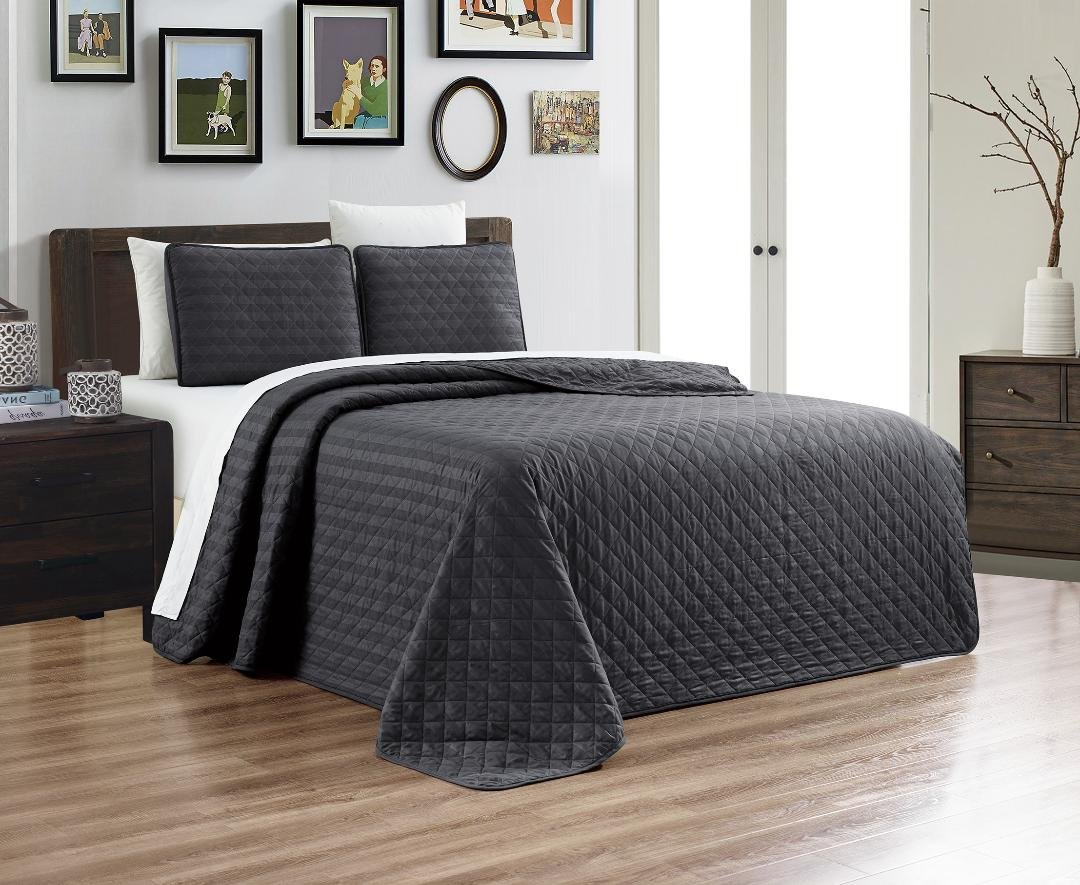 3-Piece Dobby Stripe Oversize Set Reversible Bedspread FULL/QUEEN SIZE Bed Cover (Grey/Gray) Coverlet and Shams, Hypo-allergic and Lightweight