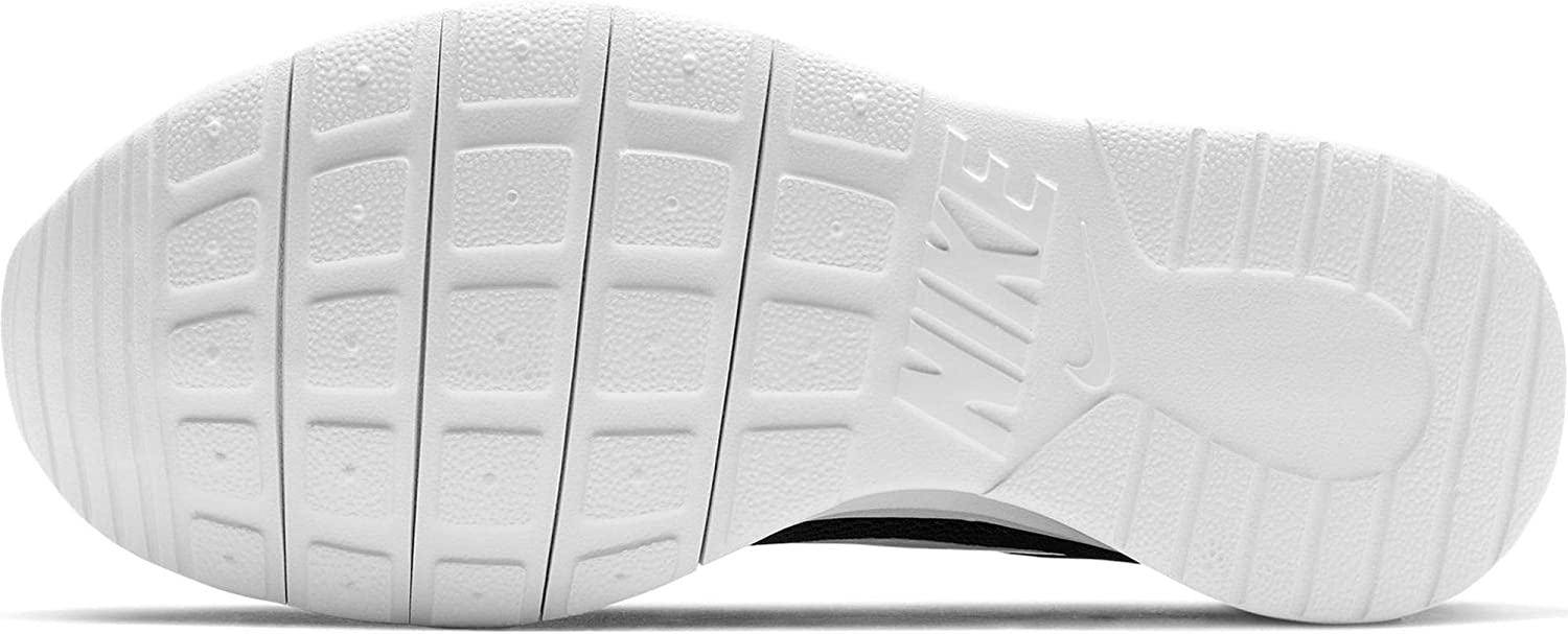 Nike Tanjun Grade School Trainers Child Black/White Low Top Trainers Shoes: Clothing