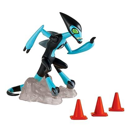 amazon com ben 10 xlr8 basic action figure toys games