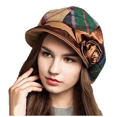 bc11728c1d393 Maitose Trade  Women s Scottish Plaid Wool Peaked Cap Beret Coffe Green at  Amazon Women s Clothing store