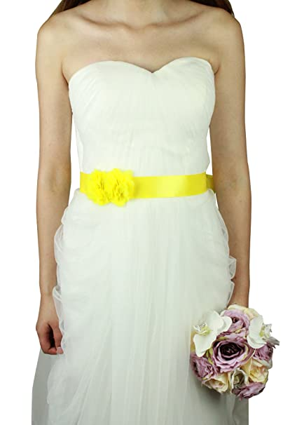 Flores para un vestido de novia