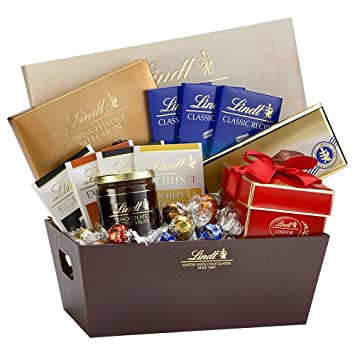 Amazon.com : Lindt Holiday Selections Gift Basket : Gourmet ...