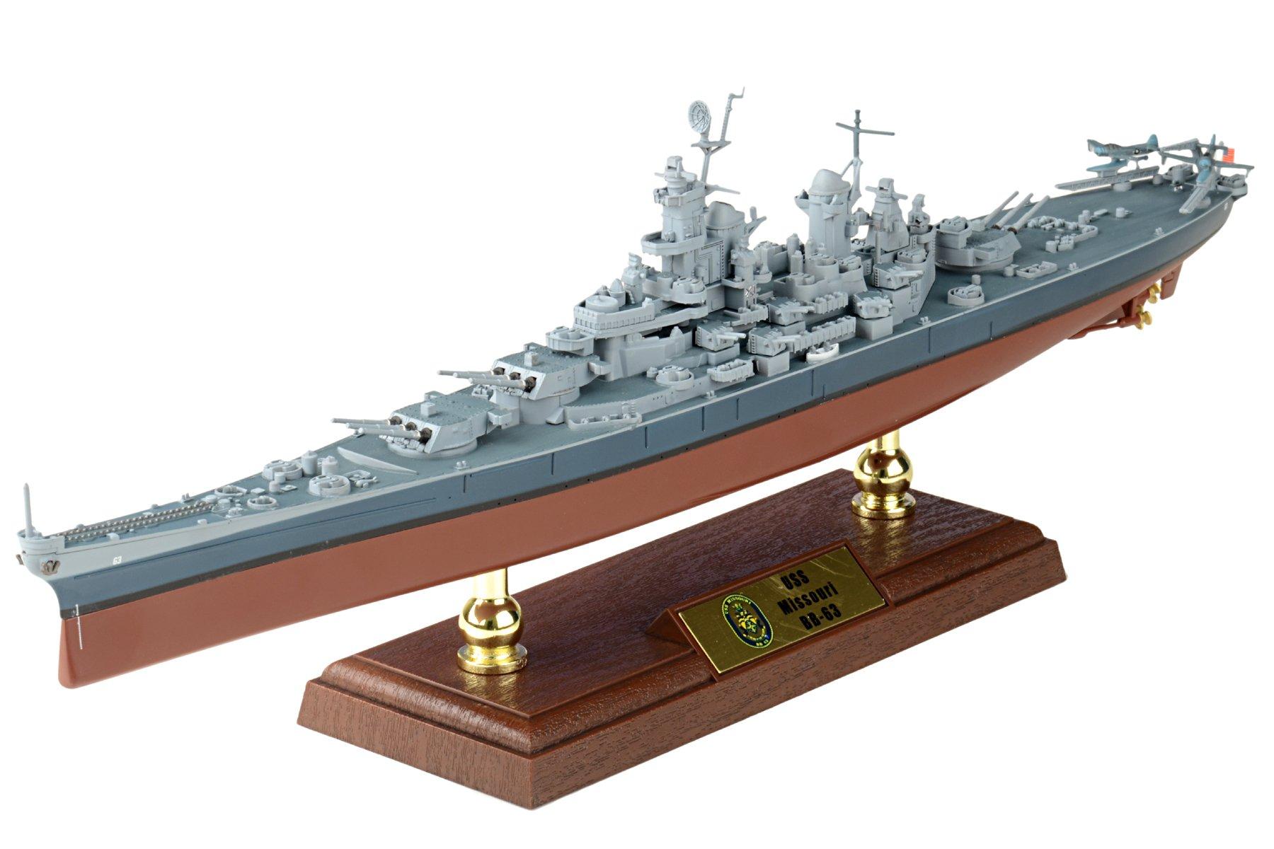 1:700 Scale USS Missouri Battleship
