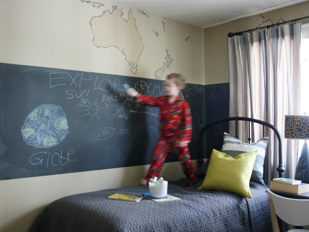 Blackboard Vinyl Sticker Chalkboard Wall Decal Contact Paper for School Home and Office 43 x 200CM
