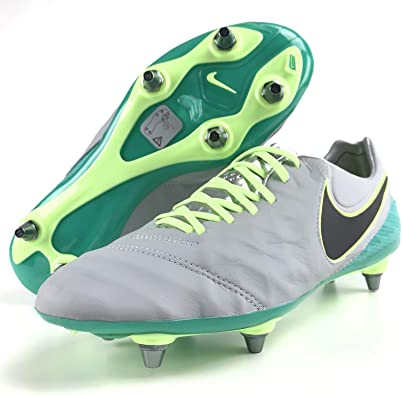 veredicto Salto tobillo  Amazon.com | Nike Tiempo Legend VI SG Pro Acc Men's Leather Soccer Cleats |  Soccer