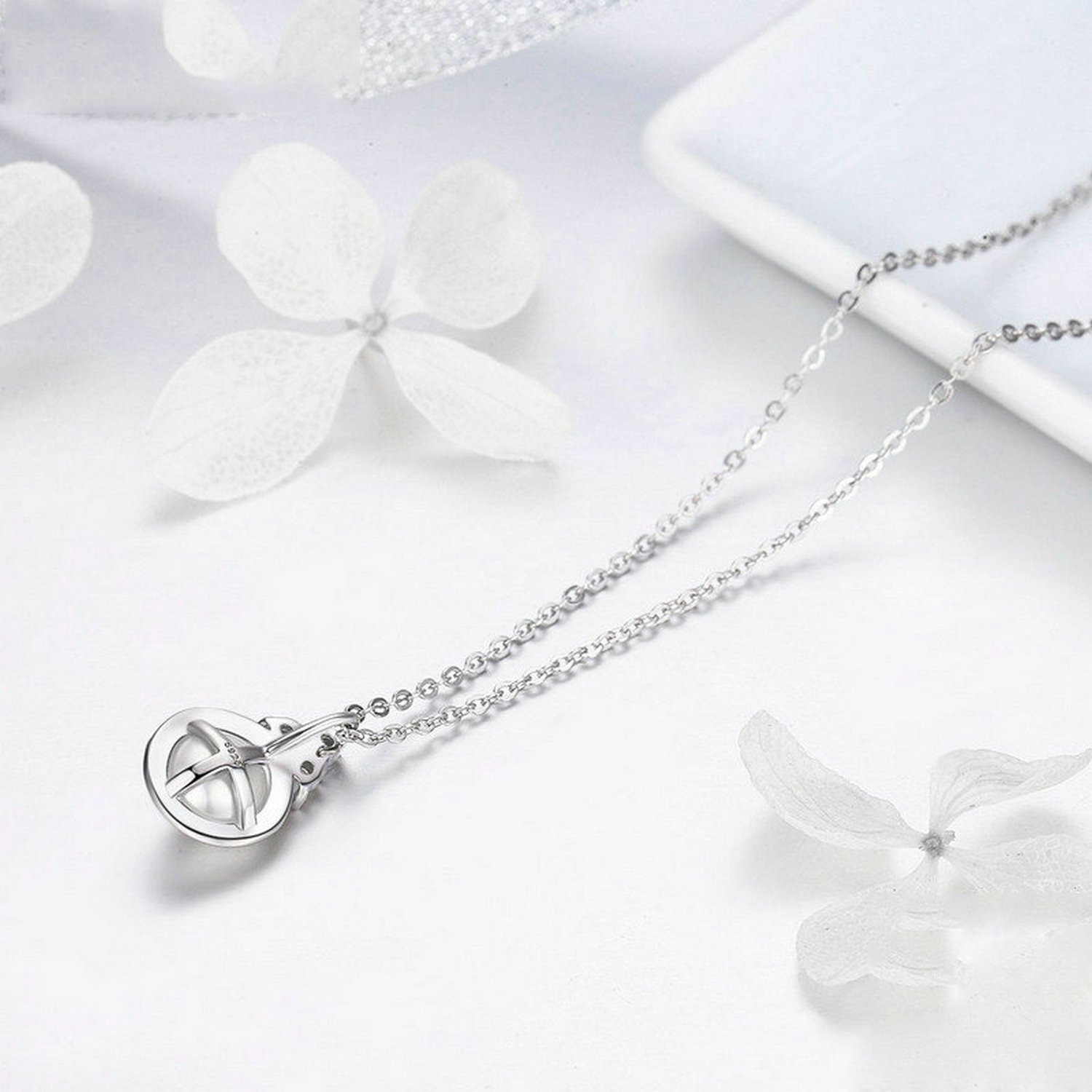 CS-DB Pendants Triangle Round Pearl Silver Necklaces