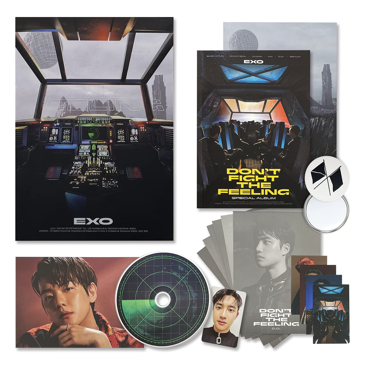 EXO Special Album - DON'T FIGHT THE FEELING [ PHOTOBOOK VER.1 ] CD + Photo Book + Lyric Book + Planet Card + Postcard + Photocard + OFFICIAL POSTER