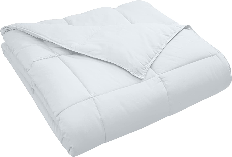 Superior Classic All-Season Down Alternative Comforter with Baffle Box Construction, Warm Hypoallergenic Filling - Full/Queen Comforter, White