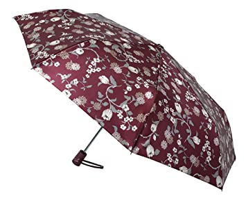 Funcionalidad y elegancia se unen en este paraguas Vogue abre y cierra automático confeccionado con un sofisticado satén estampado de inspiración japonesa.