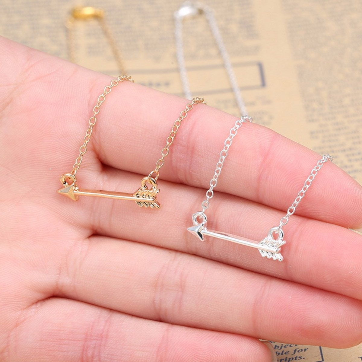 Amazon.com: Silver Tone Arrow Pendant Necklace for Women Men Jewelry ...