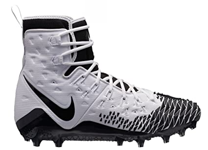 bd832ff3957 Amazon.com  Nike New Force Savage Elite TD Football Cleats White ...