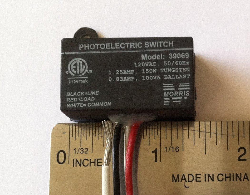 Photocell Photo Control Dusk to Dawn Switch - Mini Button Style Eye 120V Raintight