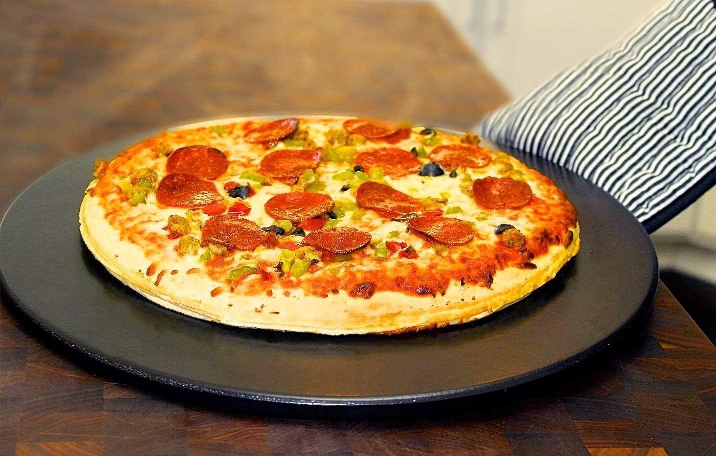 """7. Heritage 15"""" Black Ceramic Pizza Stone"""