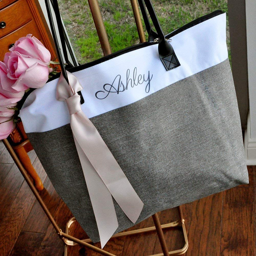 Gray Bridesmaid Tote. Personalized Bridesmaid Gift Bags. Custom Name Bag. Zipper Tote. GRTBlH.