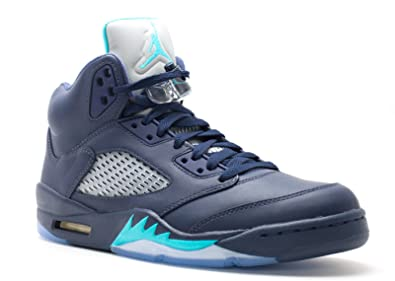 5d59c00054a Amazon.com | AIR Jordan 5 Retro 'Hornets' - 136027-405 | Basketball