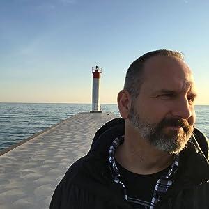 Scott Telek
