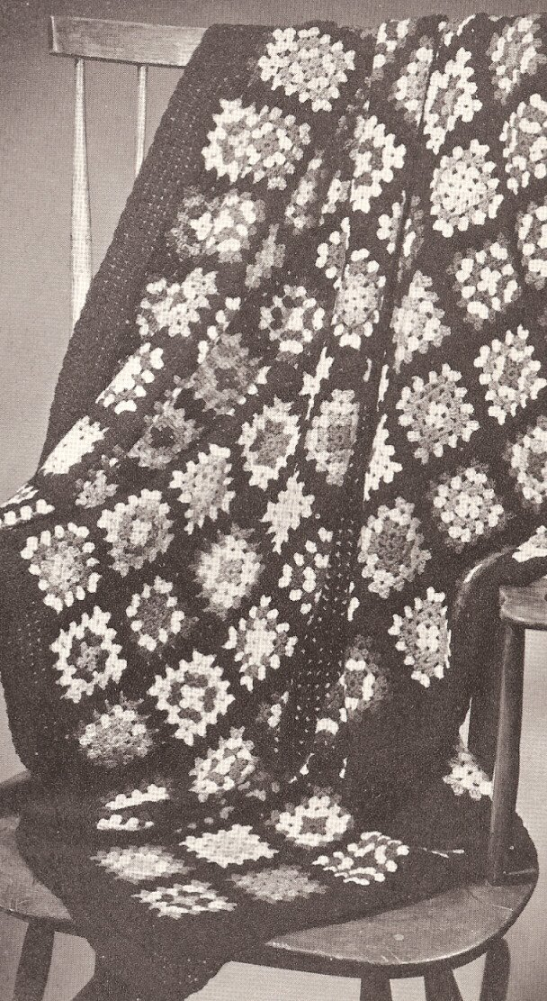 Vintage Crochet PATTERN to make - Classic Colonial Granny Square Afghan.
