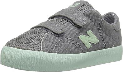 New Balance Kids Court V1 Hook and Loop Sneaker