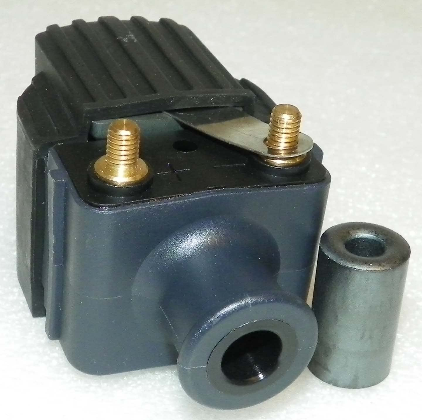 Up WSM 18-5186 OEM# 339-832757A4 Mercury Ignition Coil 40 Hp 2 Cyl 5823918