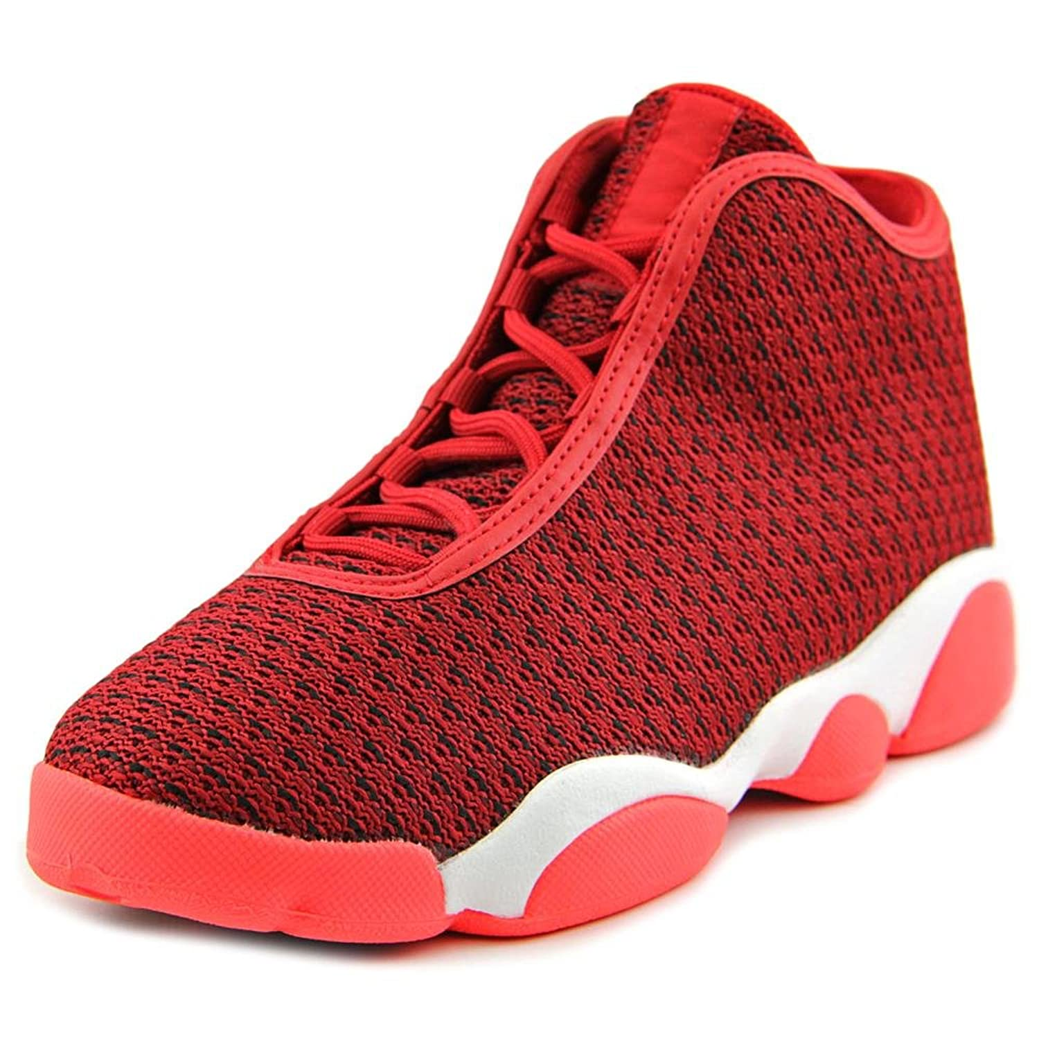 red jordan basketball shoes
