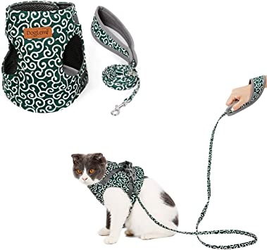 Kismaple Cat Harness and Lead Set S, Red Adjustable Soft Breathable Mesh Vest Harness for Cats Kitten Puppy Rabbits