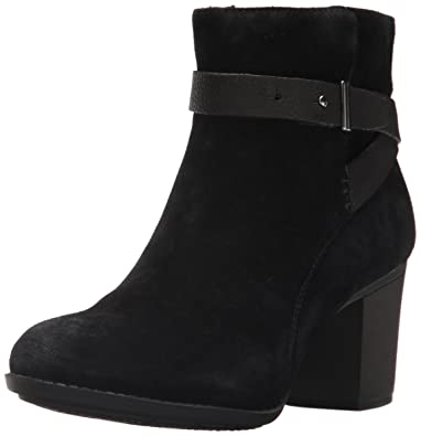 CLARKS Womens Enfield Sari Ankle Bootie       Black Suede