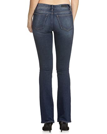 c2438761e45 Amazon.com  Miss Me Women s The Simple Things Mid-Rise Boot Cut ...