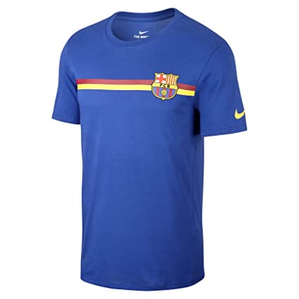 06433989134 Amazon.com   NIKE Mens FCB M NK TEE Crest 924136   Sports   Outdoors