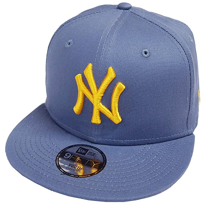 8bd6ce85a74 New Era New York Yankees League Essential Steel Blue 9fifty 950 Child Snapback  Cap Kids Kinder Children  Amazon.ca  Clothing   Accessories