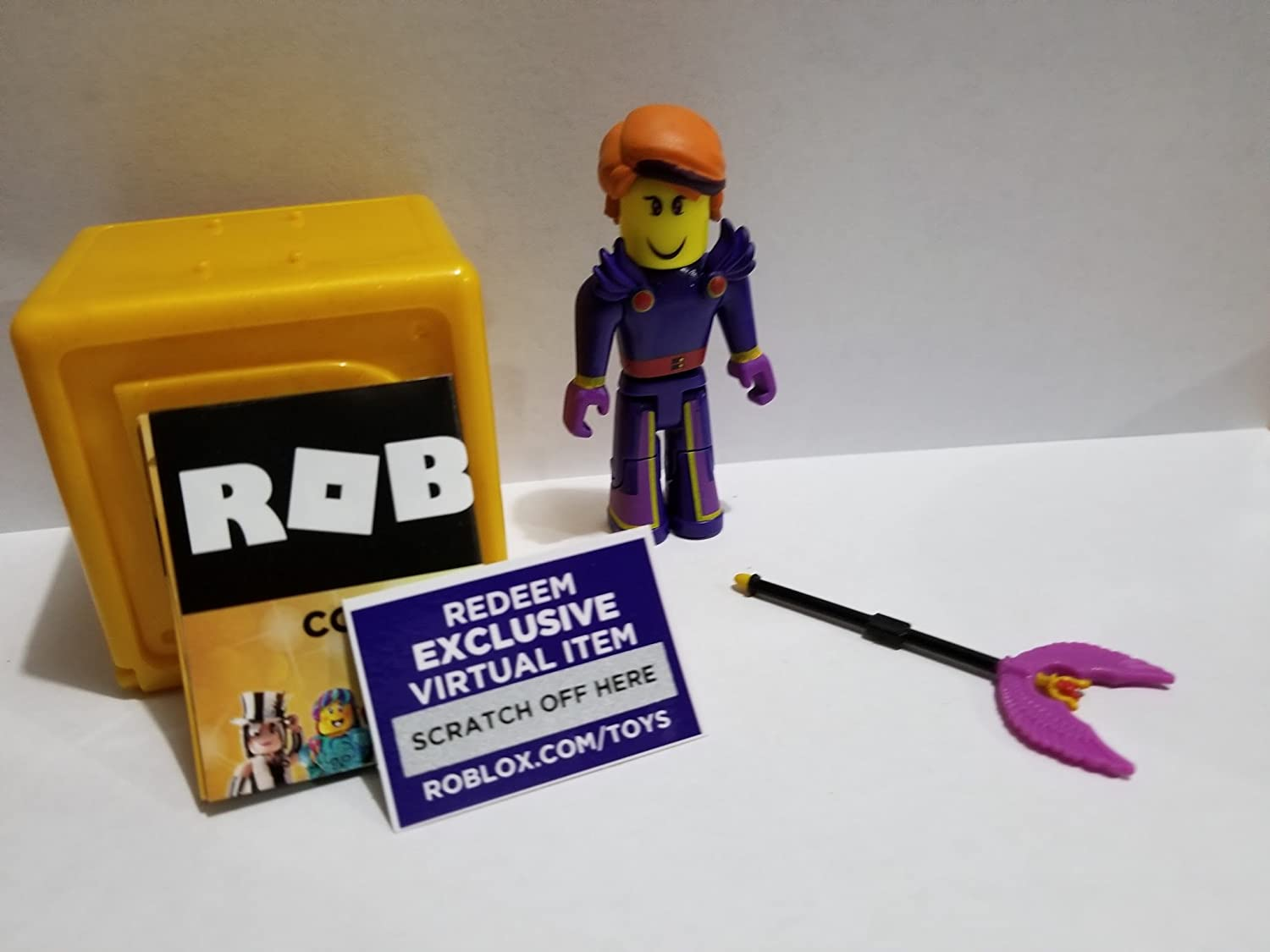 Virtual Item Code 2.5 ROBLOX GOLD Celebrity Series Initiate of Glorious Flight action Figure mystery box