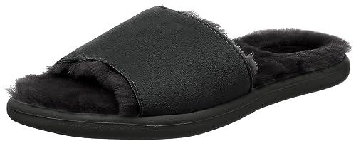 a30e21c53db UGG Women's Breezy Flat Sandal