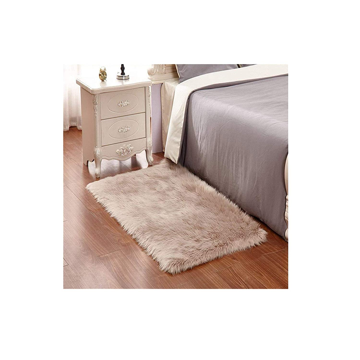 Faux Fur Rug 60 X 90 cm Soft Fluffy Rug Shaggy Rugs Faux Sheepskin Rugs Floor Carpet for Living Room Bedrooms Decor (White) YouLoveHome