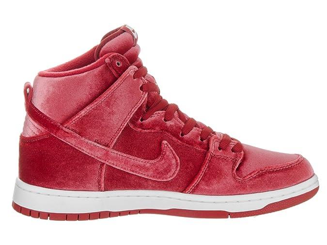 cheap for discount 3ebe1 8a938 Amazon.com   Nike Men s Dunk High Premium SB Skate Shoe   Shoes