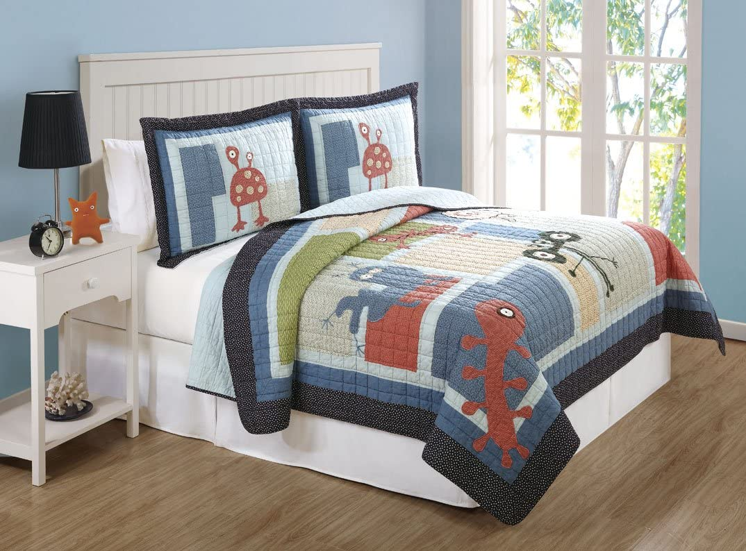 Lifestyles 2 Piece Funny Friends Quilt Set Twin Amazon Ca Home Kitchen