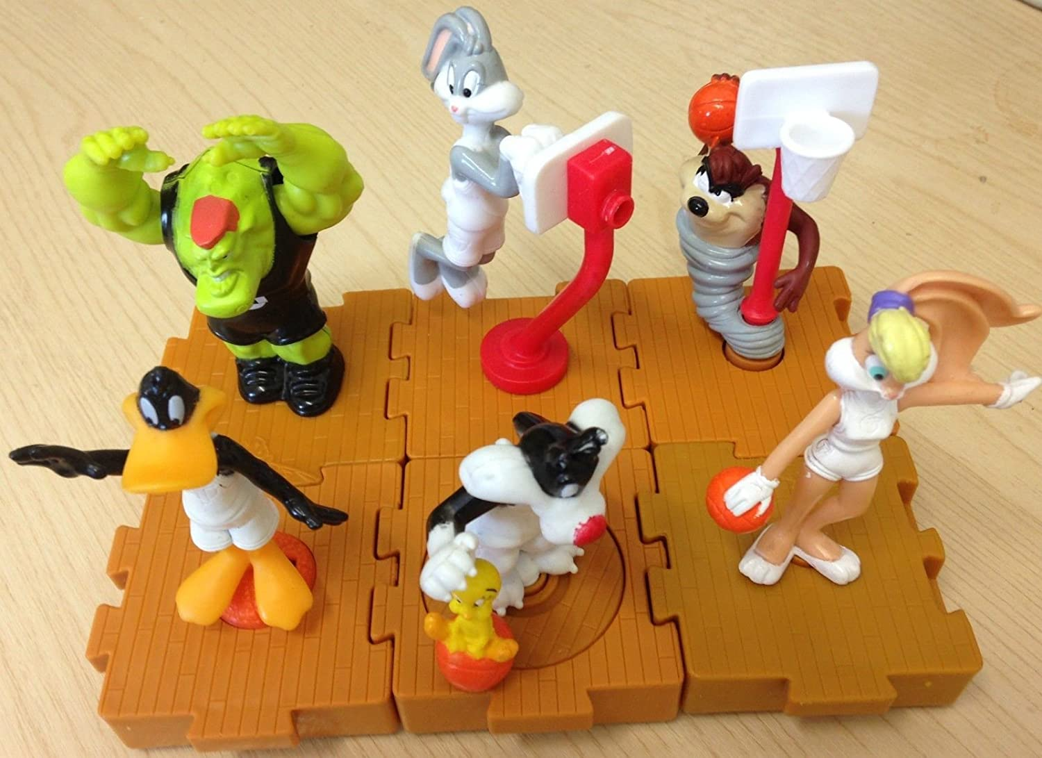 Mcdonalds Happy Meal Toy Basketball Space Jam Looney Tunes Complete