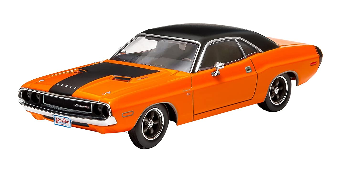 Amazon com 1 43 fast furious 1970 dodge challenger r t org toys games